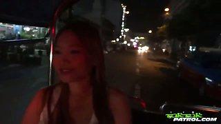 Slutty Thai bargirl gives lucky tourist a wild ride