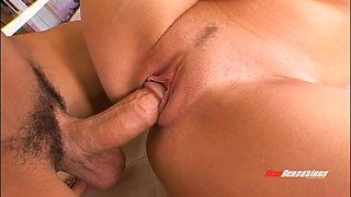 Face pounding quickly turns into banging and blowing