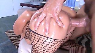 Gorgeous brunette Rachel Starr using big boobs and butt in hot fucking