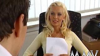 German MILF Vivian Schmitt