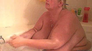 BBW Pregnant Bath Fantasy