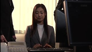 Elegant Japanese lady in pantyhose gets nailed deep and hard