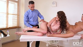 Dirty Doctor Caught Naughty Nurses When They Fucked