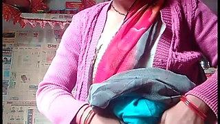 Village Bhabhi Making Video For Lover