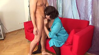 Busty MILF creampied by a younger guy