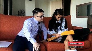 Skolegutt knullet ung jente etter skolen - jomfru forste ana
