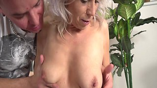 Sexy Stepmom Gets A Reward For Cleaning