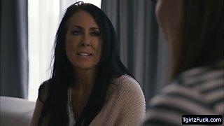 Tranny Natalie fucked her hot roommate