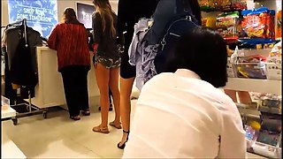 Fascinating teen with wonderful legs and sexy feet in public