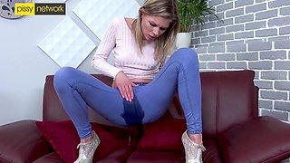 In Solo Piss Masturbation Session - Claudia Macc