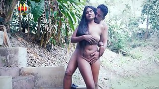 Desi Bhabhi Outdoor Hardcore Sex With Lover