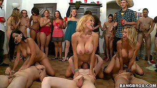 Diamond Kitty and her GFs give head to lucky dudes at the party