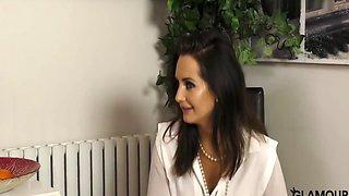 Sexy Secretary Gina Seducing Her Boss