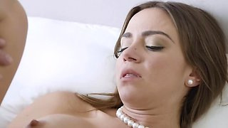 Peter Green & Havana Bleu are having passionate sex in the morning