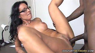 Cougar zoe holloway fucks her patient&#039s big black cock