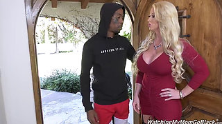 watching mommy Alura and two black cocks dp hot ass dgs