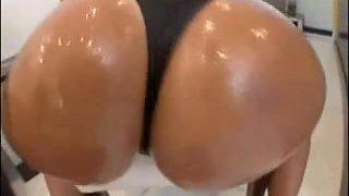 Large Oily Brazilian Butt - Derty24