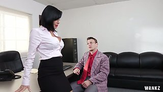 Sex-hungry lady boss Veronica Avluv is checking out skills of one new employee