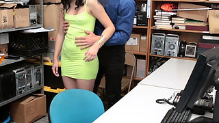 Lp officer punished Violet in his own way for shoplifting