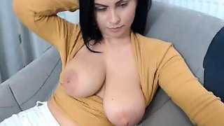 Chilling boobs out