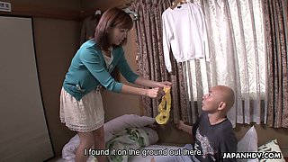Japanese chick Juri Kitahara allows to fill her fucked up pussy with semen