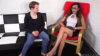 Venus Lux Therapist And Her Client