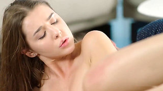 Beautiful Fucking - She Knows How To Treat A Cock