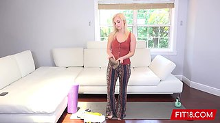 Aria Banks - Flexible Tiny Teen Gets A Huge Facial On Casting