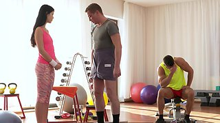 Two blokes cannot resist the petite body of personal trainer Lady Dee