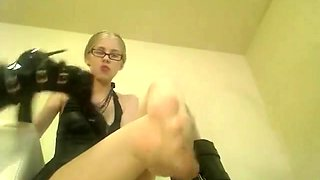 Domme Kyaas 15 Mins Of Foot Hose Abuse Fs