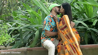 Hot Sexy Prank With Indian Bhabhi