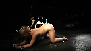 Slave hard drilling with a fuck machine in bondage training