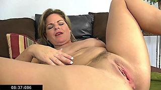 Single Lustful Chubby Mommy 37yo Marie Loves To Masturbate