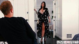 LoveHerFeet - Gorgeous Busty MILF Fucks The Cable Guy