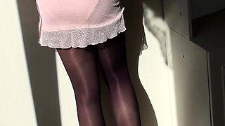 Lustful amateur man in nylons receives a marvelous handjob