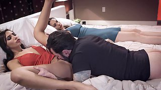 Cheating hubby fucks his wife's best friend Gianna Dior next to her