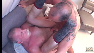 Punching daddys asshole