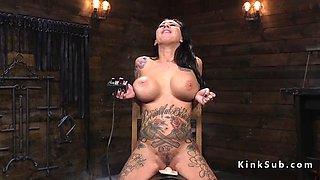 alt hottie with huge tits fucks machine