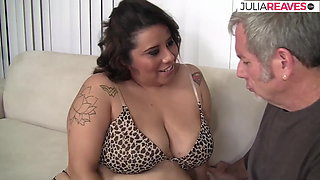 He actually manages to fuck this fat milf