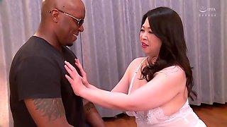 Dgcesd-785 Big Black Penis Vs Plump Mature Woman