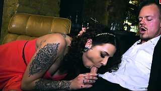pierced german pussy milf have a real sexdate