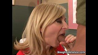 Nina Hartley & Alec Knight in My Friends Hot Mom