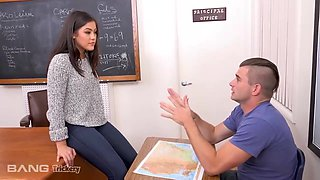Kendra Spade - Is A Hot Teacher That Gives Her Student An A+ For Fucking Her