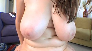 Luxurious maid ana blows and fucks