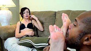Ama Rio feet