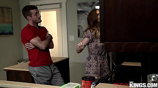 Nikki Sweets Gets Fucked in Kitchen for a Creampie
