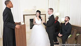 Beautiful new wife Payton Preslee gangbanged in front of hubby