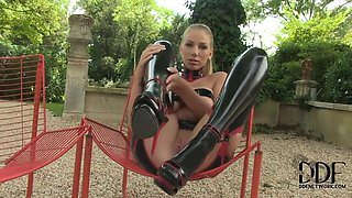 In Latex Solo - Hot Babe With Danielle Maye