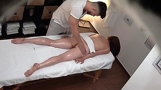 Voyeur Massage - She thought nobody is watching