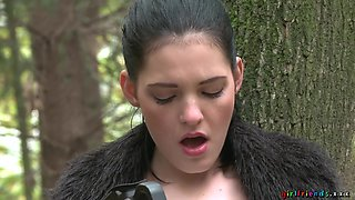 Amazing outdoors quickie lesbian sex between two kinky babes
